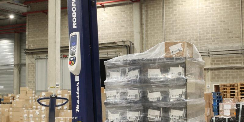 L4 Logistics - robot filmeur